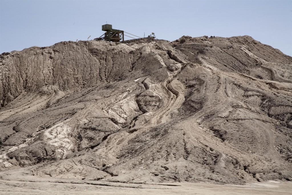 Uraanin avolouhos Nigerissä. Greenpeace / Philipe Reynares.